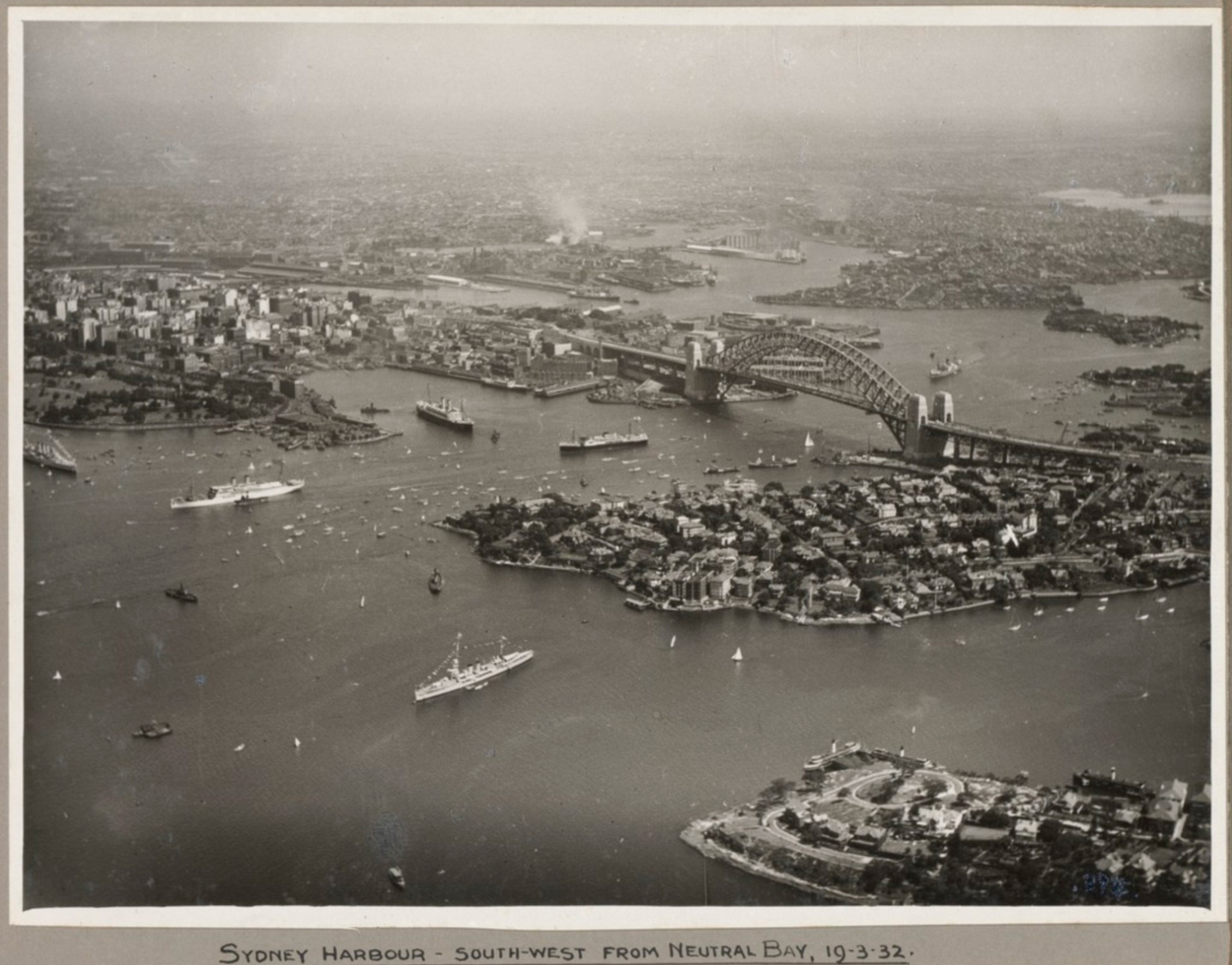 200 years of Sydney - a collection of historic photos